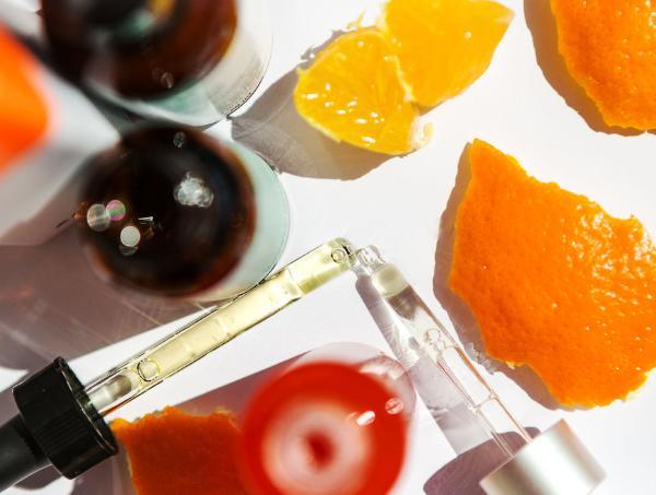 dùng bha và vitamin c